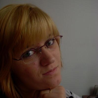 Marta Sypniewska. offline - user_1174034_e88f08_huge