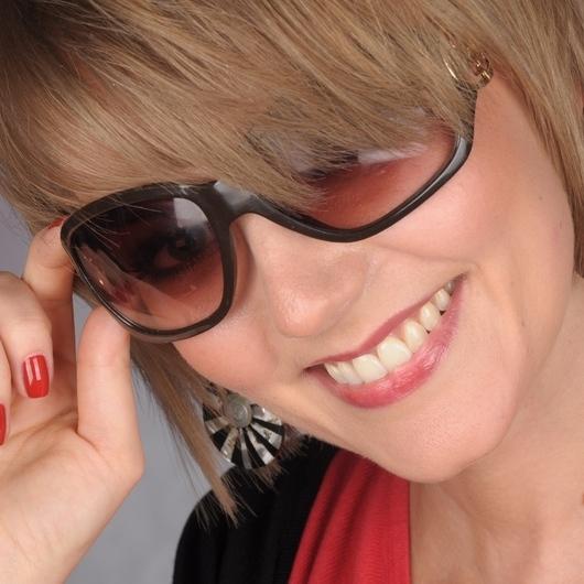 Magdalena Szymaniak. offline - user_2684484_7b07dd_huge