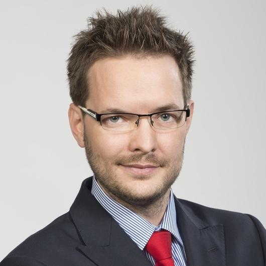 Online Marketing Manager Zarobki