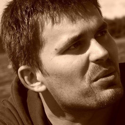Andrzej Ołtarzewski. offline - user_38813_3deb69_huge