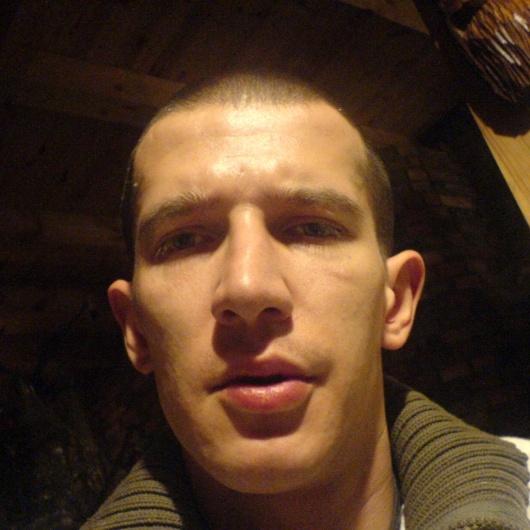 Adam Kubicki - user_329484_09dfb7_huge