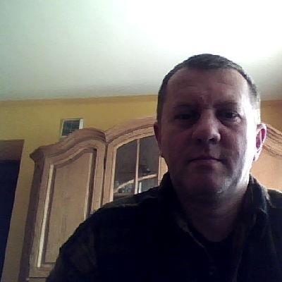 <b>Arkadiusz Majewski</b> - user_5174305_a86b46_huge