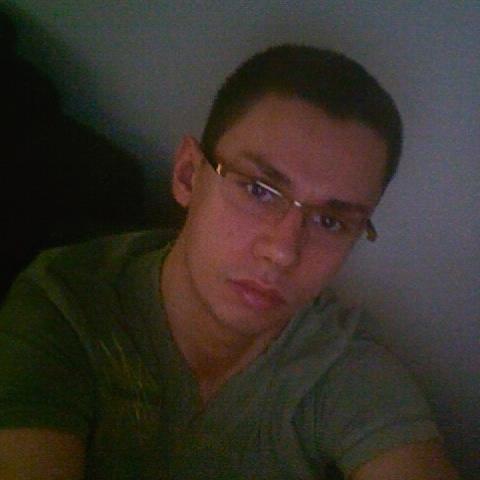 Mariusz Piotr Gola Stylista Fryzjer Goldenlinepl